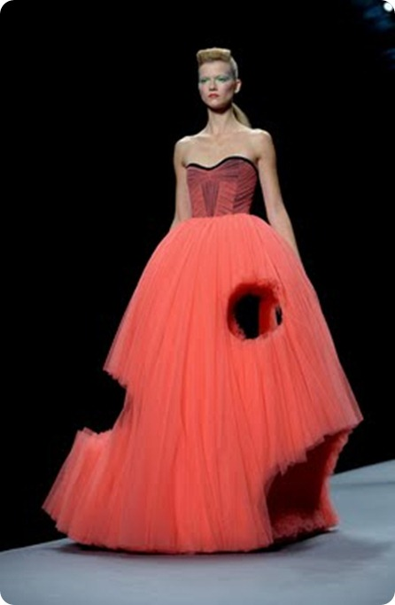 Viktor Rolf Spring 2010 Collection 28