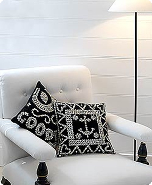 1252600215_1225721903____Pearly_King____Cushions