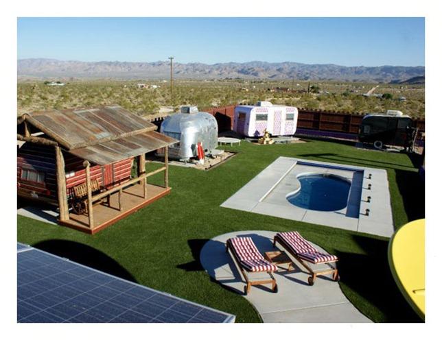 amenities.courtyard