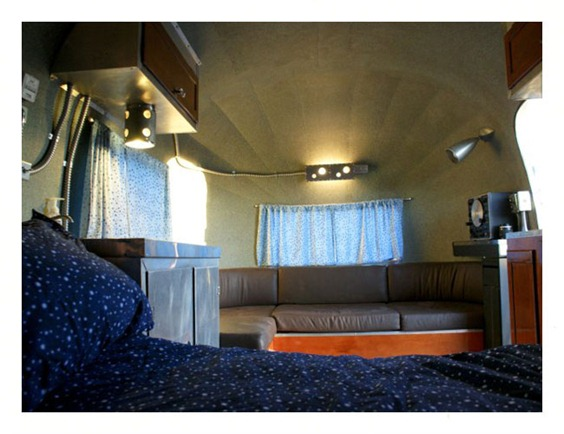 integratrailor.couch