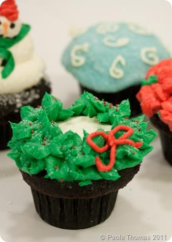 Christmaswreathcupcake (1 of 1)