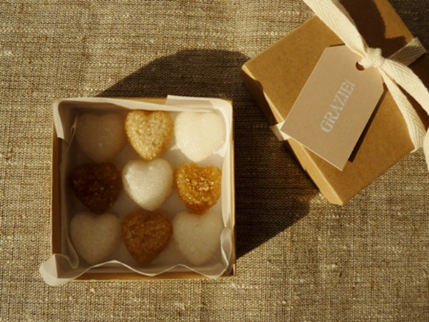 decorative-sugar-hearts-party-favors-packaging