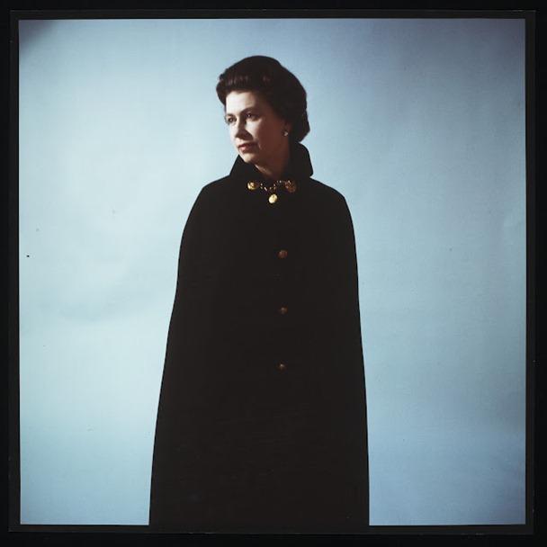 Cecil_Beaton_Queen_Elizabeth_II_1968