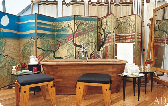 diane-von-furstenburg-new-york-apartment-06-bath-area