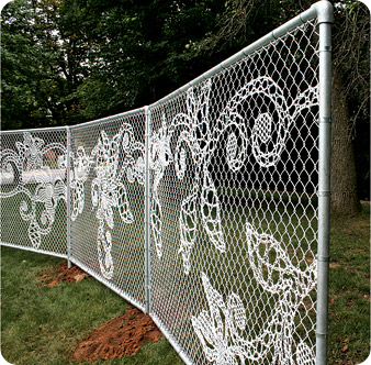 DEMAKERSVAN'S LACE CHAIN-LINK FENCE_