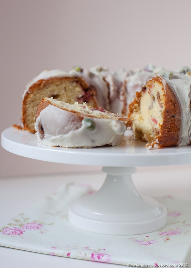 lemon-rhubarb-pistachio-bundt-cake (5 of 6)