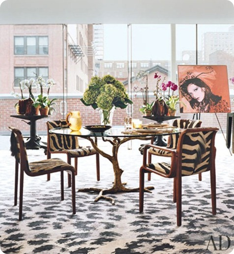 diane-von-furstenburg-new-york-apartment-04-dining-area-warhol