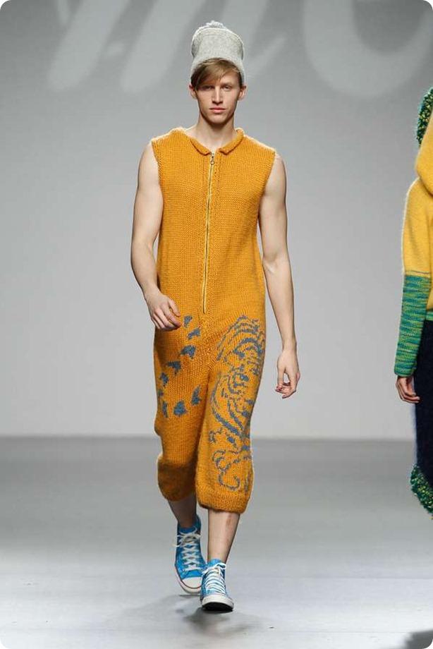 mercedescastrosweater2