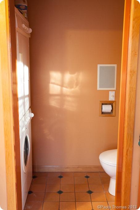 Upstairsbathroombefore-2