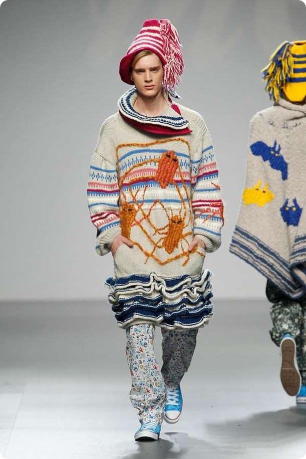 mercedescastrosweater5