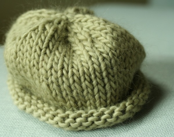 Knitting Patterns For Hats Using Circular Needles : tersek: knitting hats on circular needles
